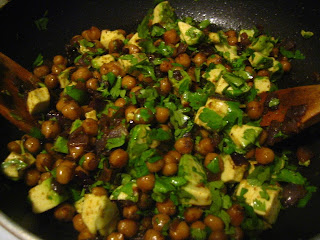  Guest Post: New Years Spiced Chickpeas with Avocado