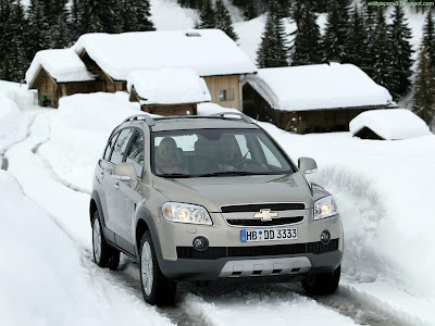 Chevrolet Captiva Standard Resolution wallpaper 7