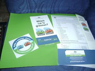 Brinde Gratis Kit GVC sobre Carros