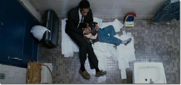 Escena Del Baño One Piece:Escenaque representa a Chris y Su hijo durmiendo en un baño público