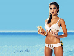 Jessica Alba Hot Sexy Bikini In Beach 5