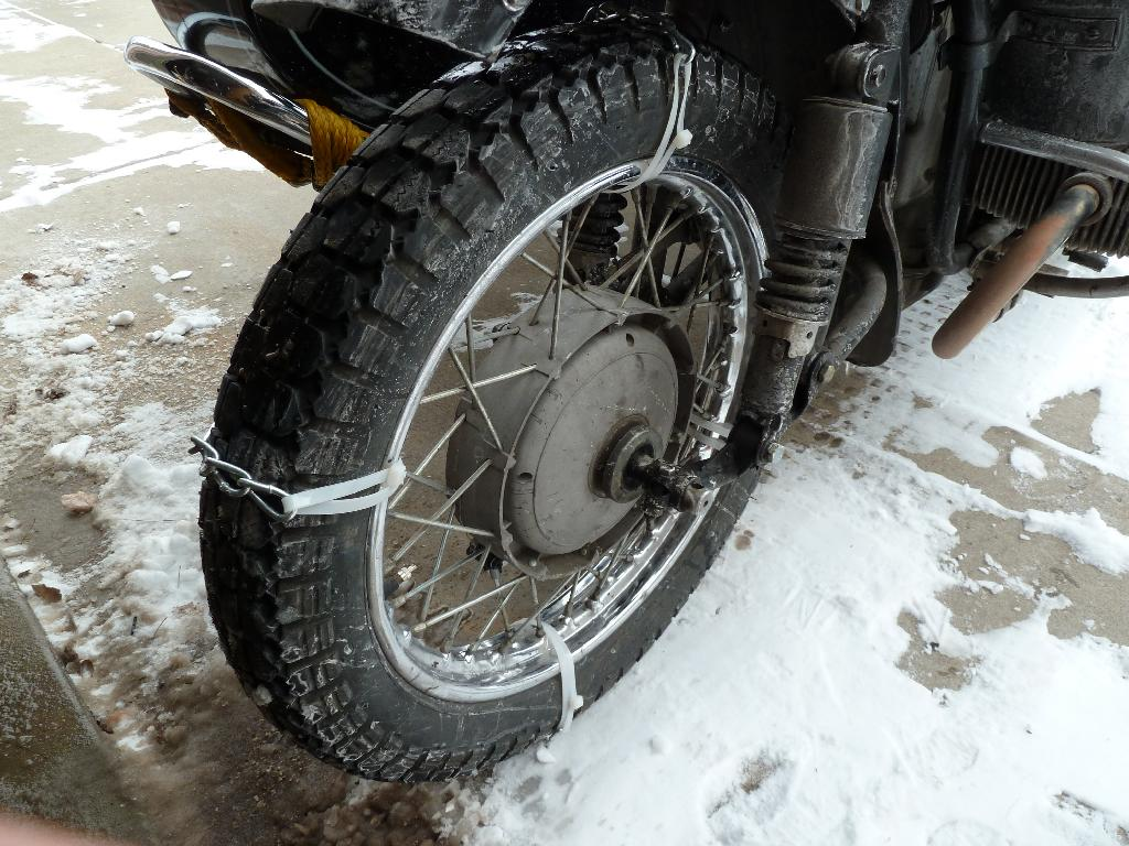 how to change a motorcycle tire with zip ties