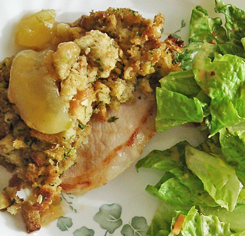 Vittles Divine: Apple Stuffing Pork Chops