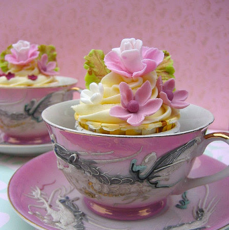 Cupcake Sunday ~ Tea anyone?