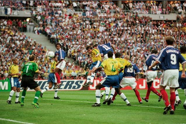 France s Zinedine Zidane scoring the first goal during the 1998 FIFA    Zinedine Zidane Celebration