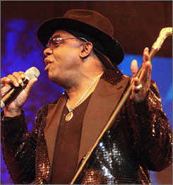 Ronald Isley in Soul Train Award 2010