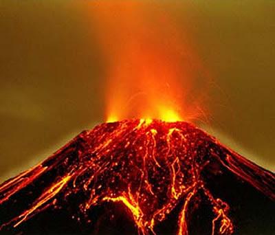 http://3.bp.blogspot.com/_AMkFK1NJMo0/SI-wdwuKACI/AAAAAAAAAJc/i5Om27Z_sHs/s400/volcanes.jpg