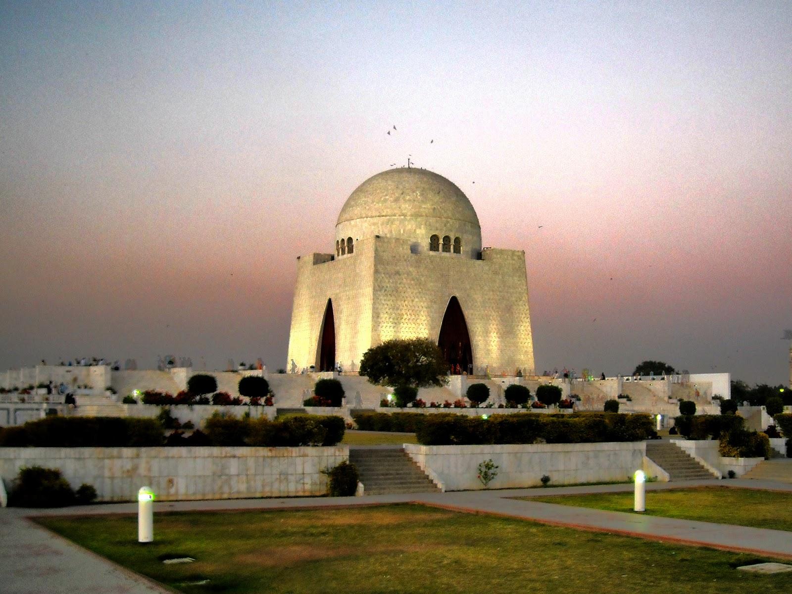 A tourist 2 pakistan quaid e azam muhammad ali jinnah for Home wallpaper karachi