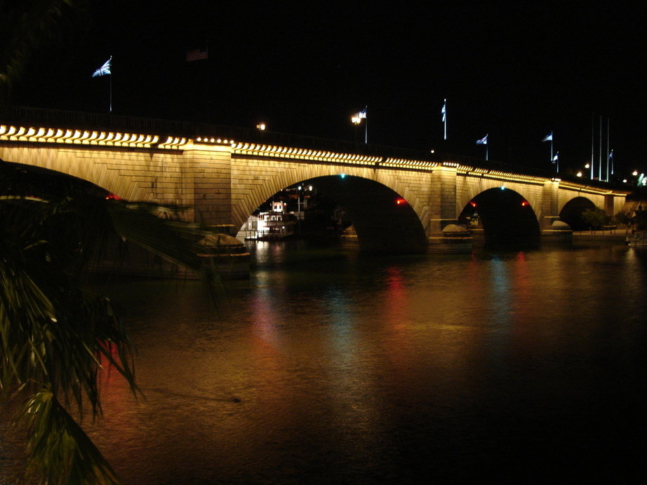london bridge lake havasu. London Bridge - Lake Havasu,