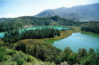 Telaga Warna @ Dieng Plateau, Central Java, Indonesia