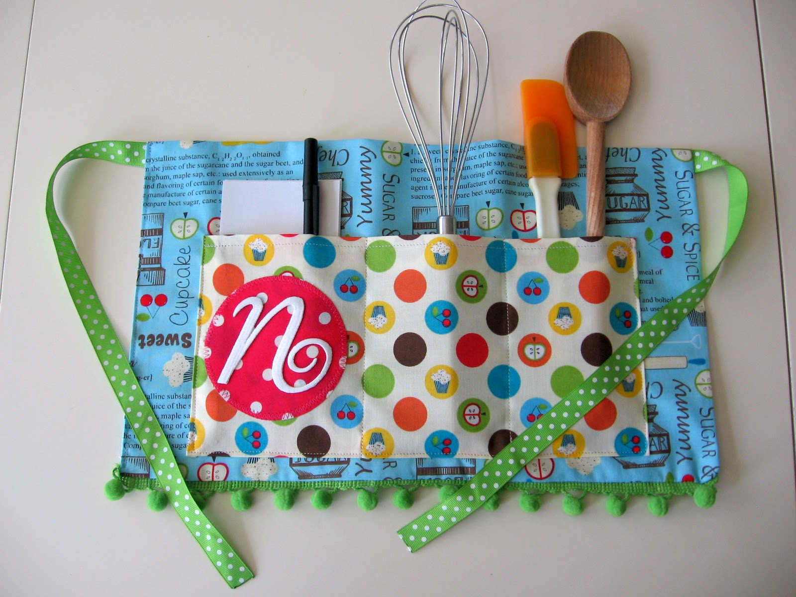 Handmade Baskets Tutorial : My blonde ambitions quick and easy child s apron tutorial