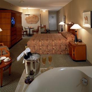 Luxor Hotel | Hotel in Las