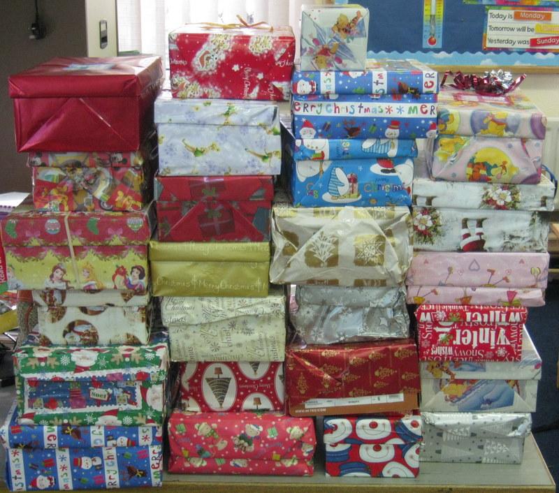 Missmcgowansclass christmas shoe box appeal