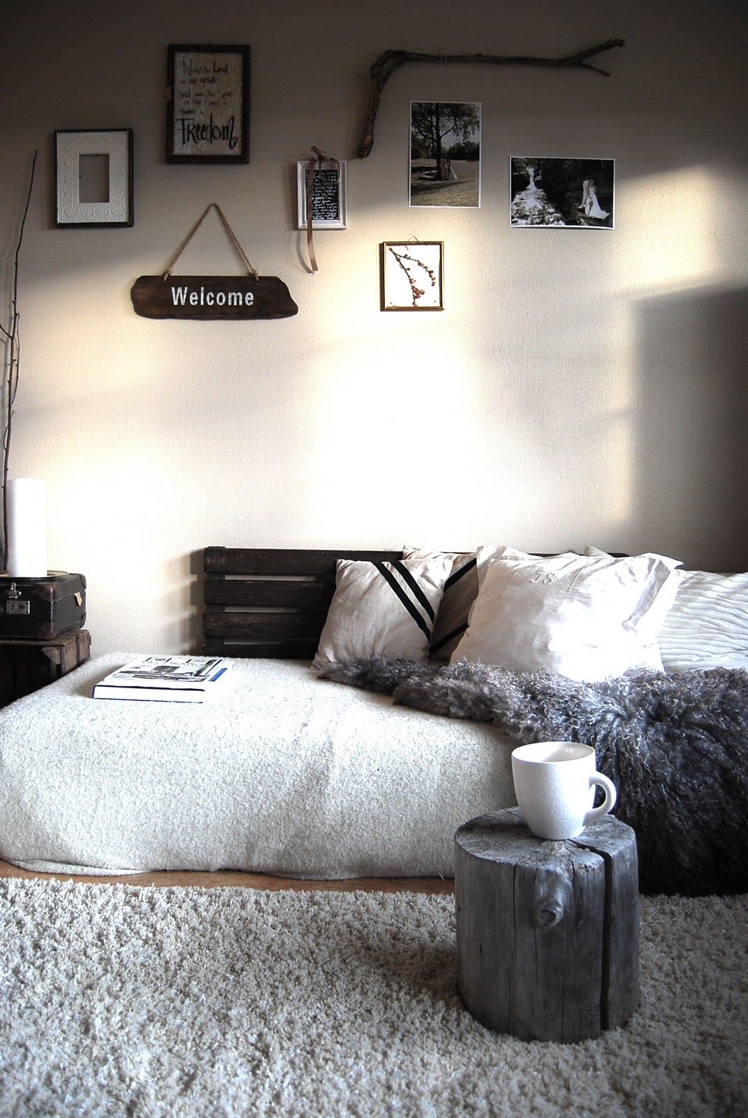 Eldrids min kosekrok for Floor mattress bed ideas