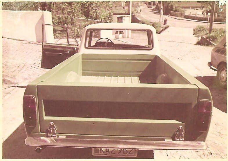 Pick Up FNM 2150 1972  Achou Estranho  Mas Existiu