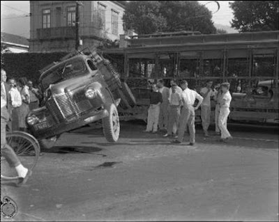 Wallpapers: Fotos de Batidas de Carros Antigos