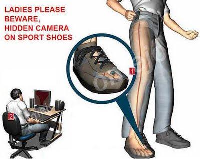 Ahora habrá que cuidarse de cámaras espías hasta en los zapatos.