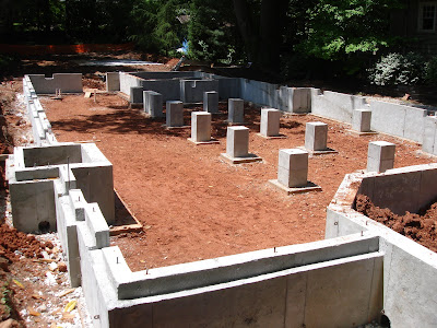 Chapman architecture the daulton house daulton house for Poured wall foundation