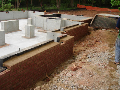 Chapman architecture the daulton house daulton house for Concrete slab vs crawl space