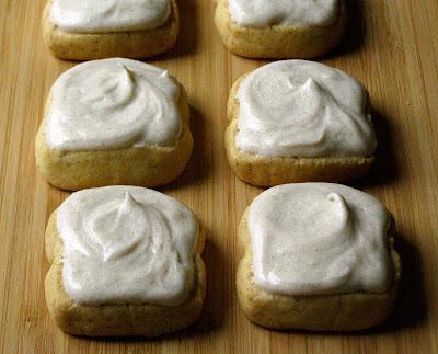 cinnamon toast shortbread cookies