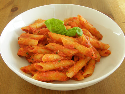 Vegan Creamy Spicy Tomato Vodka Sauce