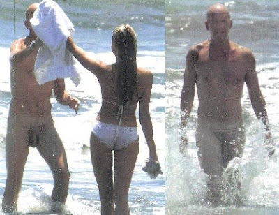 BRUCE WILLIS FULL FRONTAL NUDE AT BEACH PHOTO