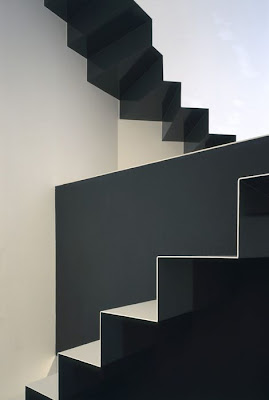 Facts around us 18 creative staircase designs interior for 10 interesting facts about interior design