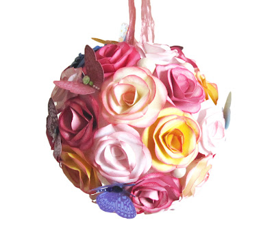 Momichka paper flower sphere pomander over the weekend i created this paper flower sphere out of 40 or so roses made from paper each rose was constructed from 5 layers of paper petals drawn mightylinksfo