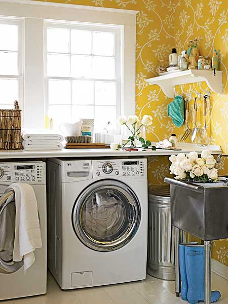 Wallpapered Laundry Rooms : a dose of pretty