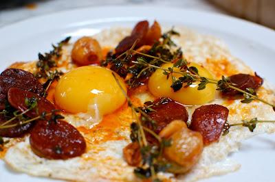 ... LIFE: Saturday Morning Breakfast of Spanish Chorizo, Garlic and Eggs