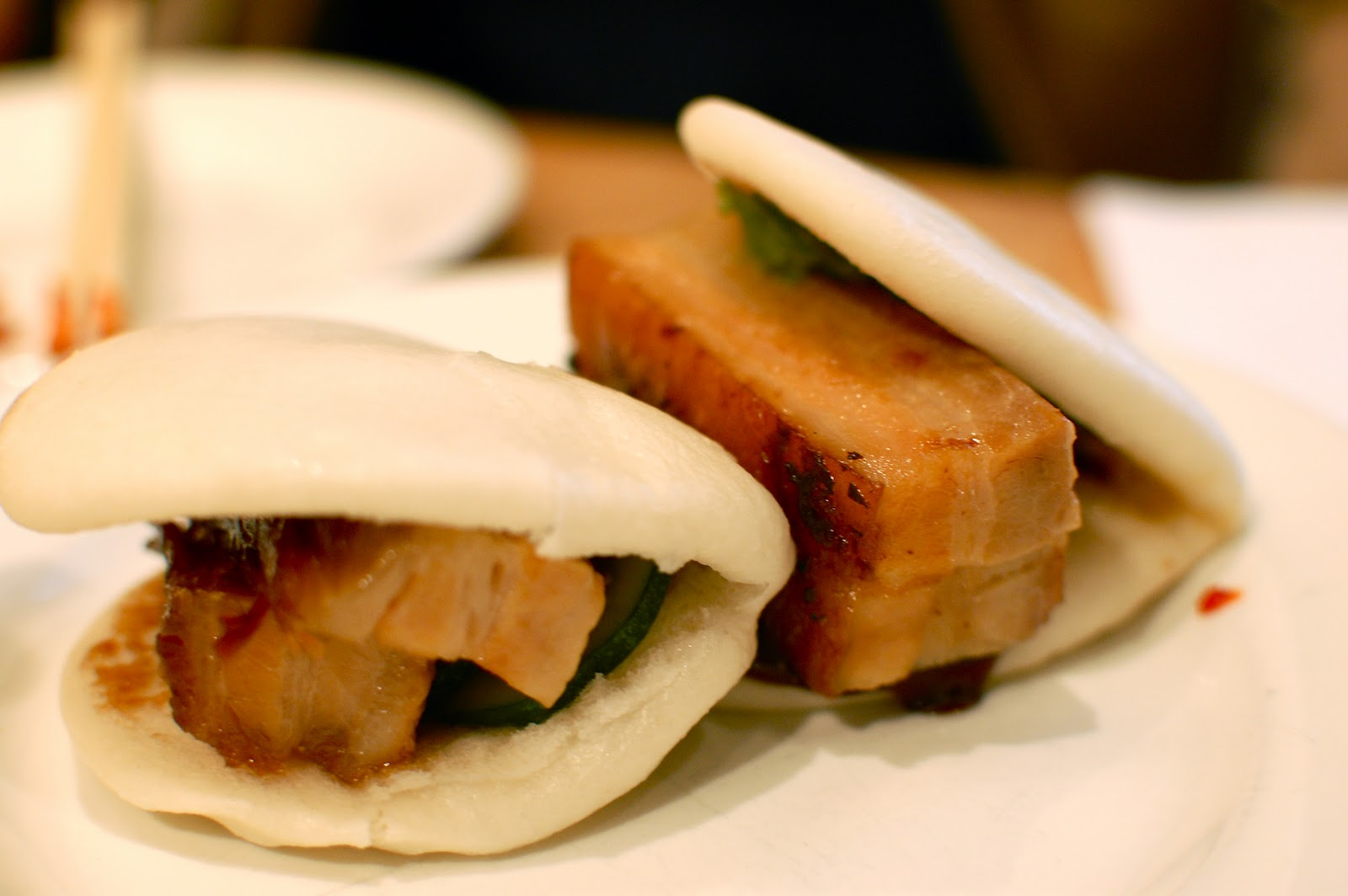 MY HOTEL LIFE: Momofuku: Pork Bun Heaven?