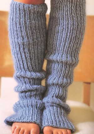 Free Knitting Pattern Ribbed Leg Warmers : Smile and Wave: knitting? you can do it, too. (and a winner!)
