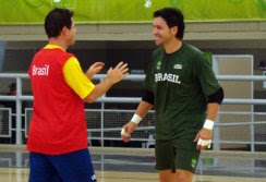 c54dd89e71 Franklin (de verde) pode conqusitar a terceira medalha nos Jogos Sul- Americanos