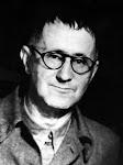 BERTOLT BRECHT (1898 – 1956), dramaturgo y poeta alemán