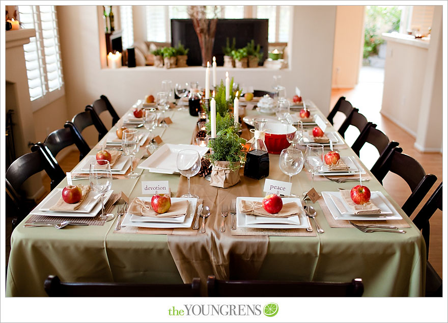 & Holiday Table Setting