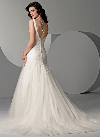 Long Wedding Gown White Option 01