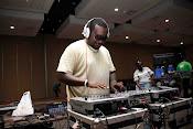 DJ Choka akiwa kazini