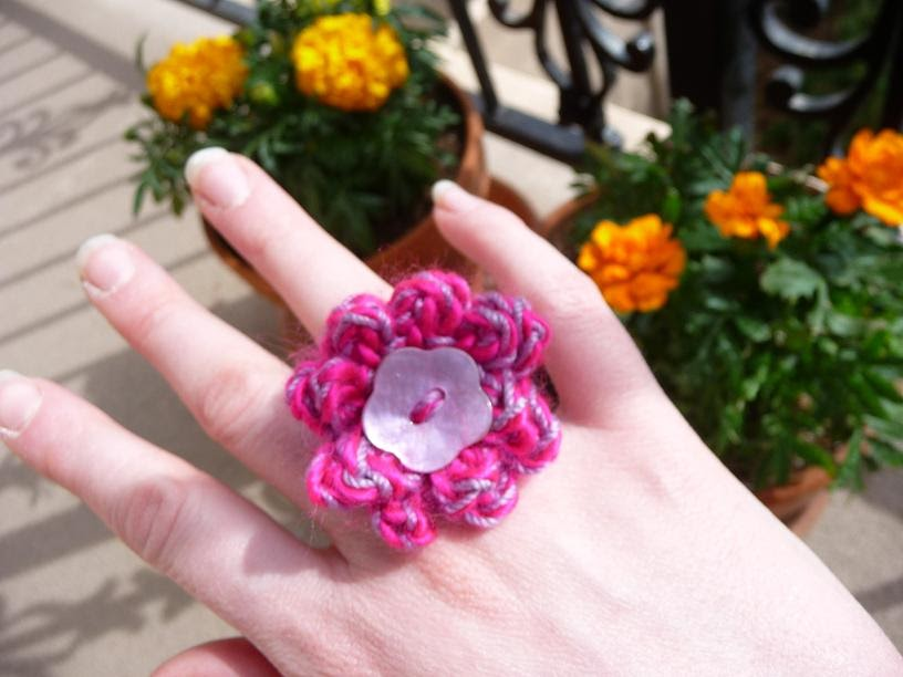 CakesMix: Happy Spring! Crochet Flower Ring- FREE PATTERN!