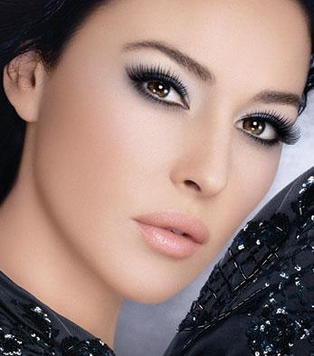 how to apply eye makeup for brown eyes. light rown eyes makeup. eye