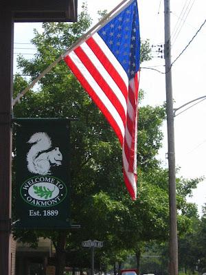 oakmont american flag