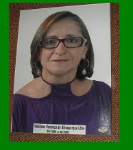 PROFESSOARA VALDERINE DE OLIVEIRA