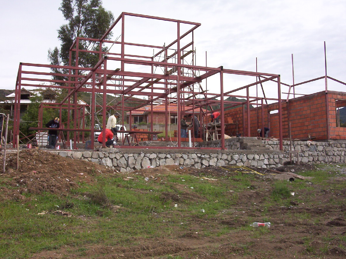 Bojorque construcciones octubre 2010 - Fotos de construcciones metalicas ...