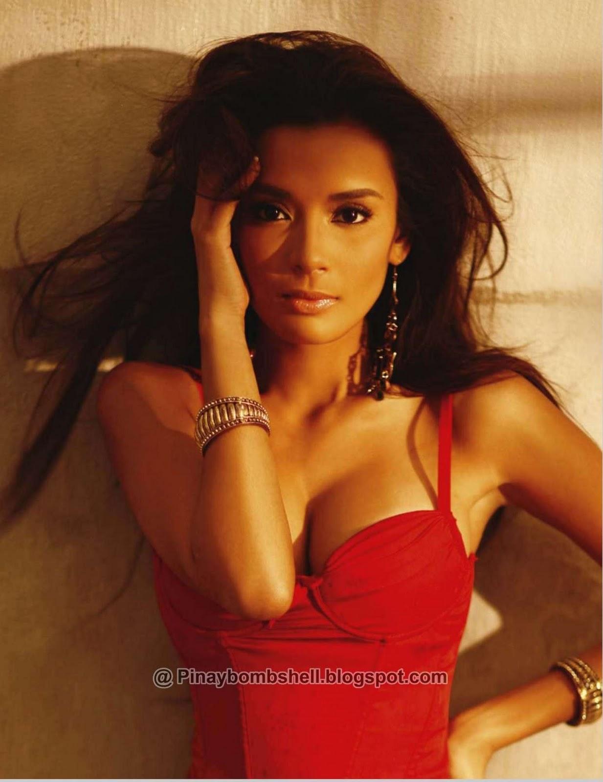 http://3.bp.blogspot.com/_AeKi9w_14XM/TTlapjaU2mI/AAAAAAAAAHg/kSzaOs9HldU/s1600/FHM+Philippines+November+2010+Michelle+and+Ehra+Madrigal_Page_058wtmk.jpg