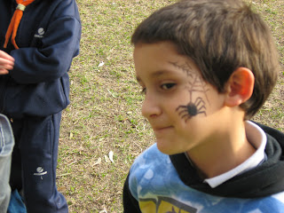 MAQUILLAJE ARTISTICO INFANTIL. Nooo, tenes una araña en la cara! cuack