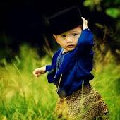 ~diri ini hanyalah si kecil yang masih jauh perjalanan nya^_^