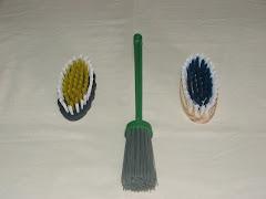 Escova Plástica, Vassoura Pra vaso e Escova Madeira