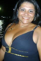 Escritora Izabelle Valladares