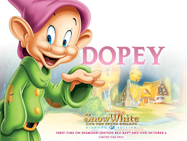 #14 Snow White Wallpaper