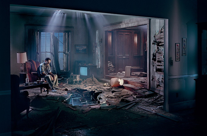 gregory crewdson thesis For gregory crewdson's photographic dramas about 60 people,  that  aesthetic was basically in place in his master of fine arts thesis at.