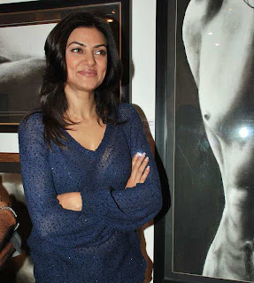 Sushmita Sen Launch Charcoal Exibition